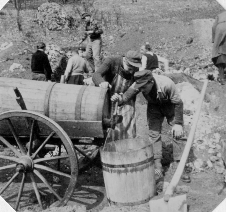 Wasserlieferung aufs Buchberghaus